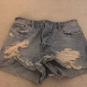 Selling short from Abercrombie